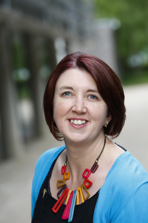 Dr Helen Barefoot